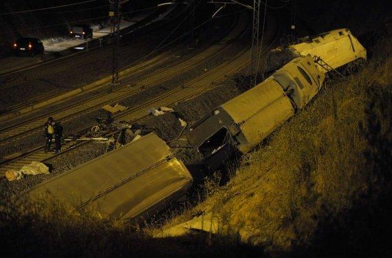 6655708-spain-transport-accident